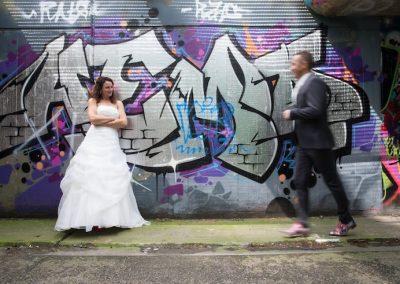 Stoere fotoshoot in een tunnel vol graffiti
