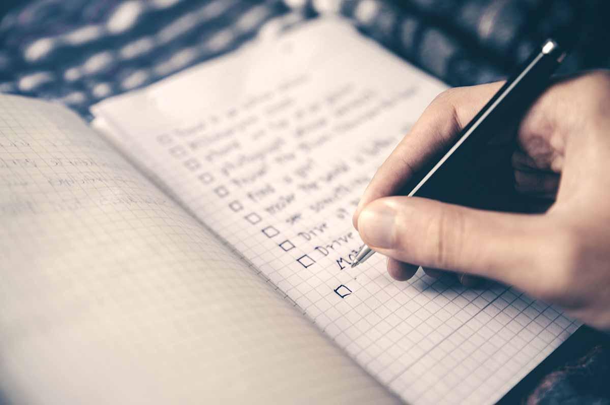 Je partner ten huwelijk vragen? Maak een checklist!