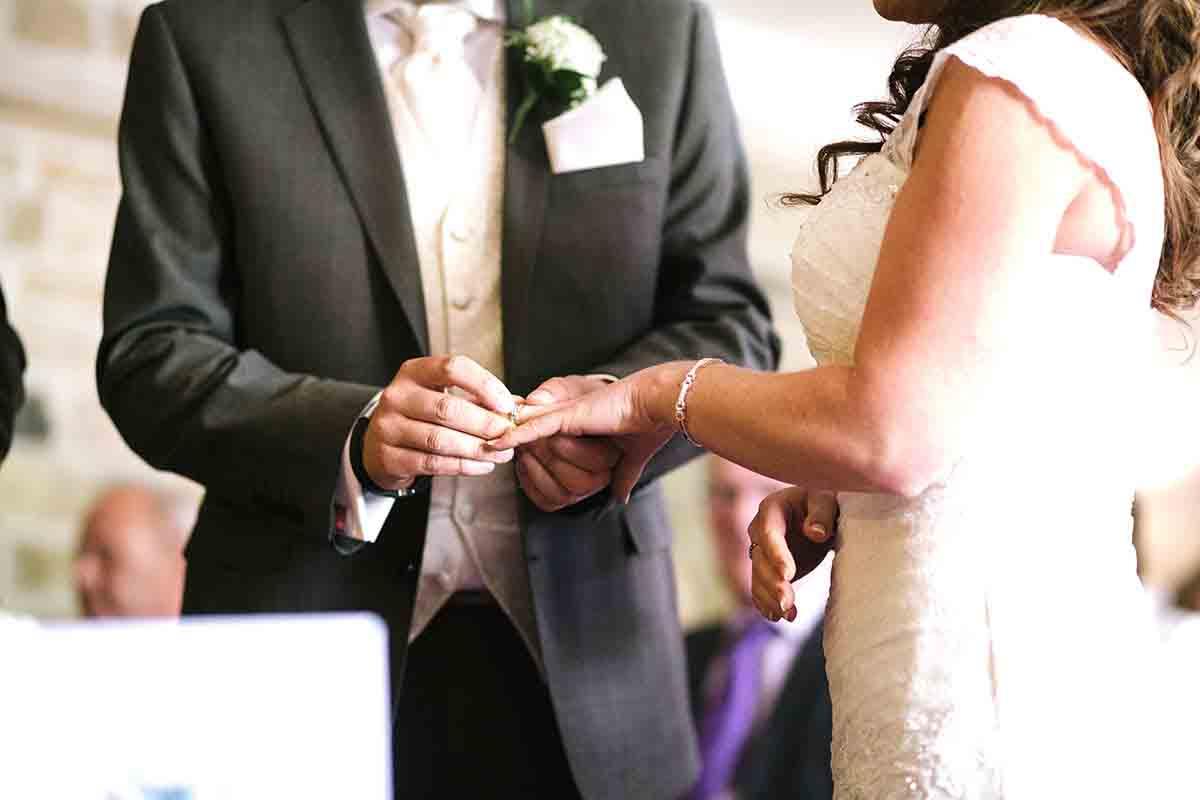 Kiezen van een trouwambtenaar voor je huwelijk