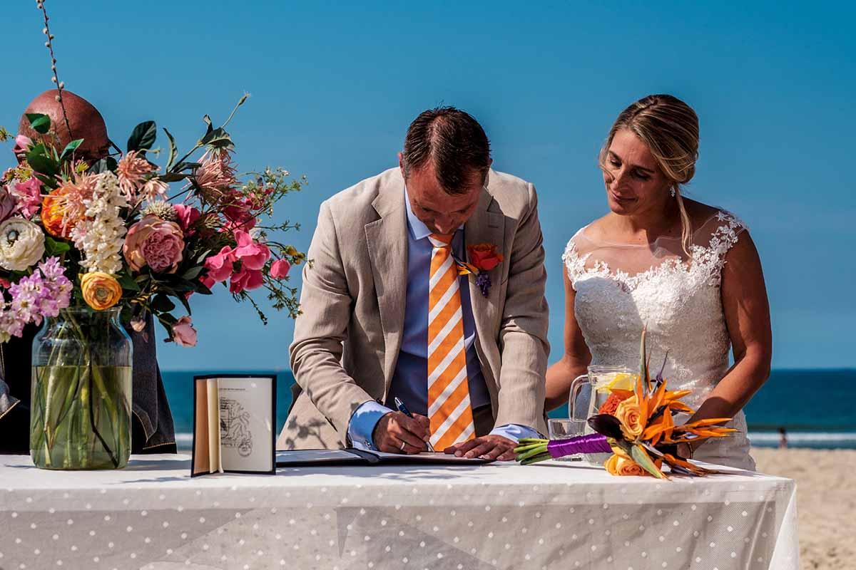 het programma voor jullie bruiloft verwerk je vooraf in een draaiboek