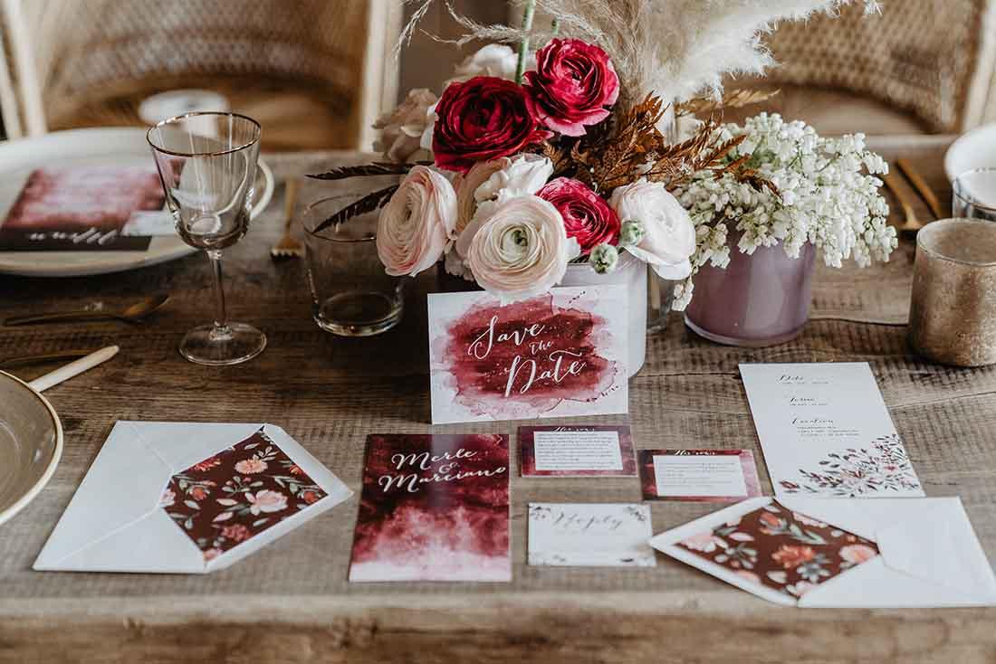 Decoratie en stationary voor bruiloft