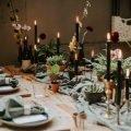 Stoere styling voor diner op bruiloft