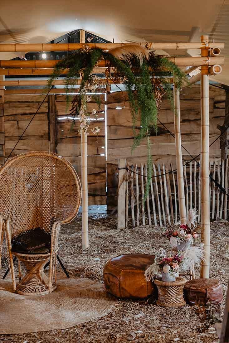 Bamboe backdrop voor bruiloft met thema Bohemian